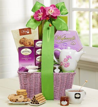 Summer Splendor tea & Sweets Gift Basket