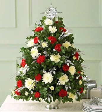 Christmas Flower Arrangements on Diane Writes  Peek To Some Unique Christmas Trees