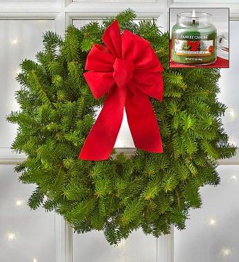 Christmas Wreath with Free Yankee Candle�