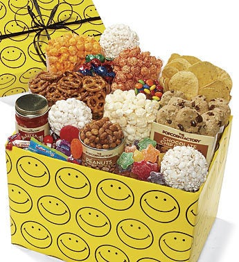 The Popcorn Factory Smiley Face Jumbo Sampler